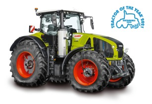 CLAAS AXION 960 CEMOS wins Sustainable TotY 2021